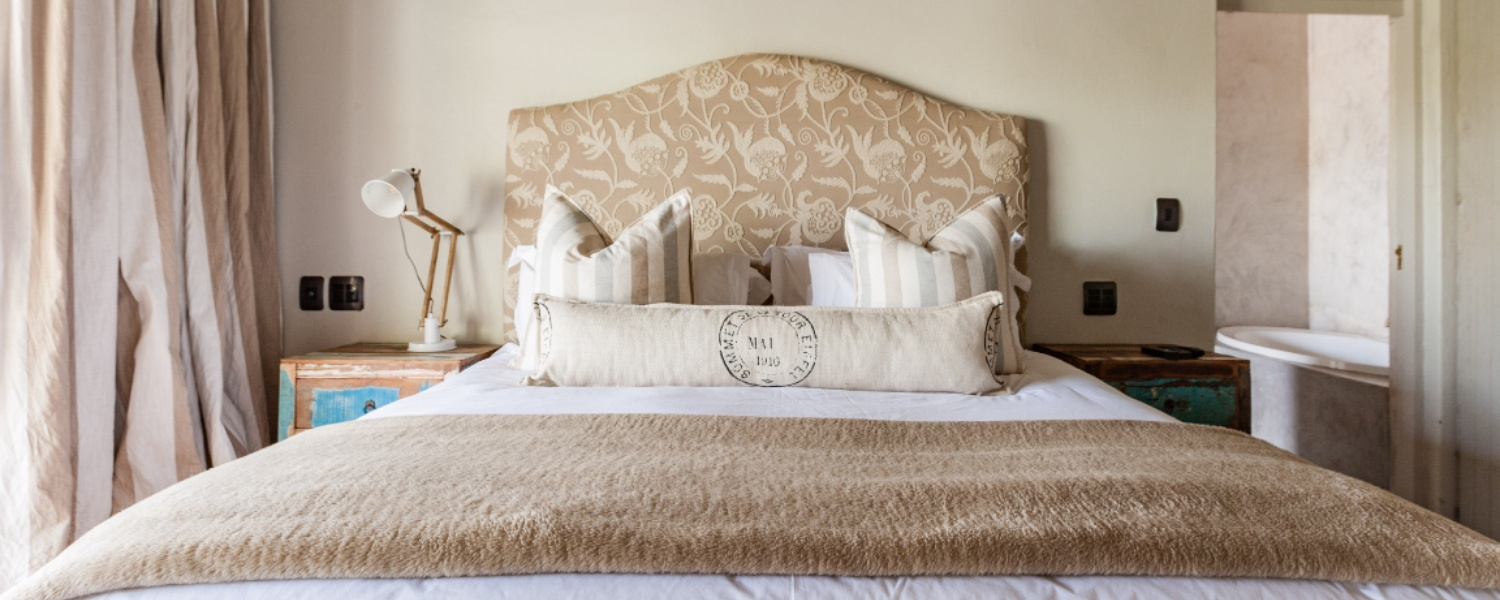 Luxury linen designer decors